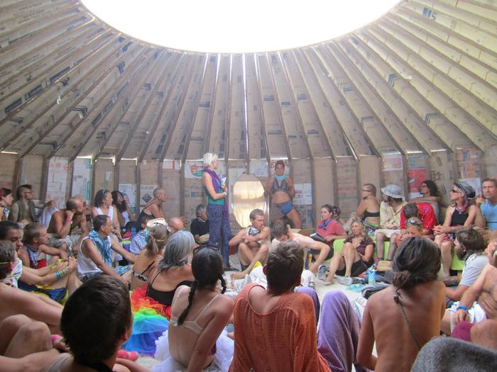 Zendo Project psychedelic harm reduction training at Burning Man. Image courtesy of the Zendo Project.