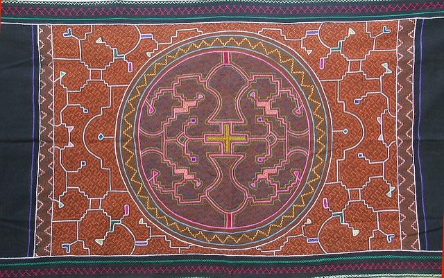 Tanya Harris' art was influenced by Shipibo textiles.