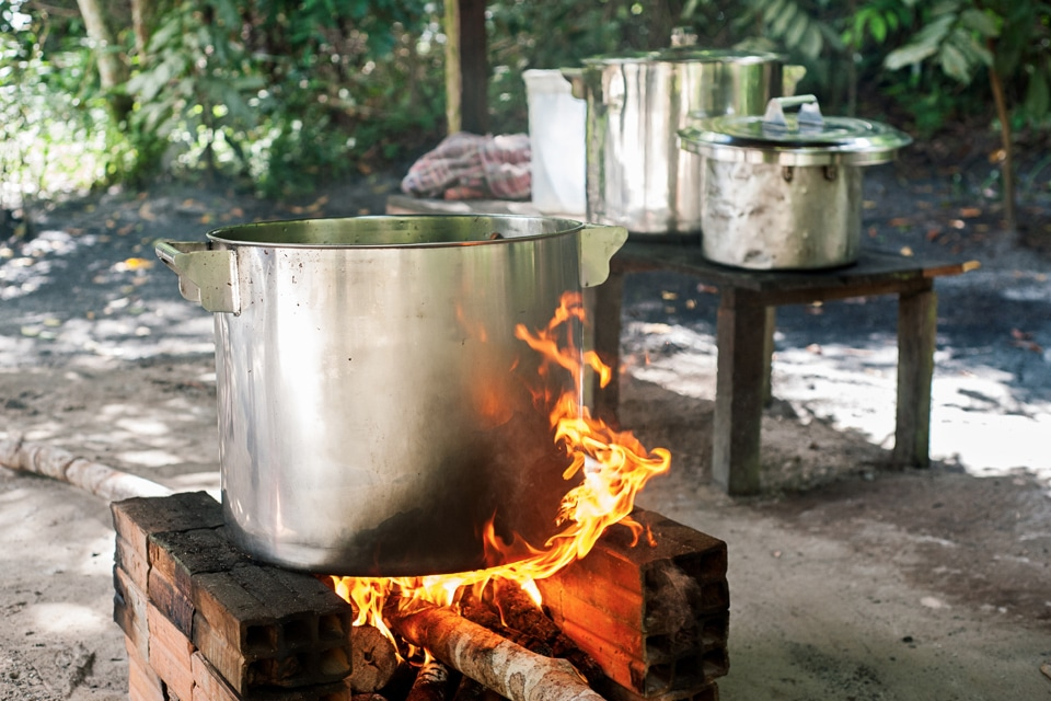 Ayahuasca brewing at Nihue Rao, photo by Tracey Eller for Cosmic Sister